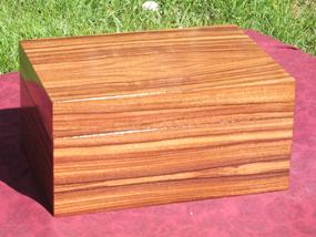 Custom inlaid box with Rosewood body and lid