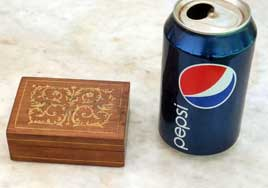 Inlaid Box with satinwood scrollwork and pencil line inlay
